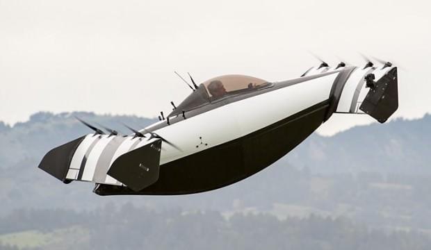 Pilot lisansına gerek olmayan uçan araba tanıtıldı